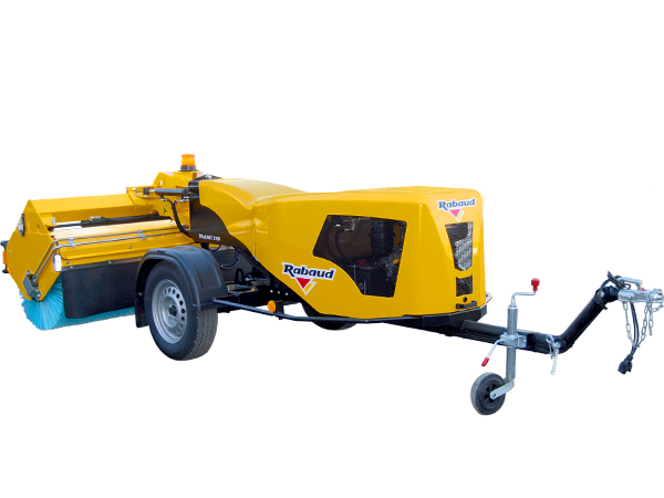 Lining up towed sweeper: TRAKNET 2100